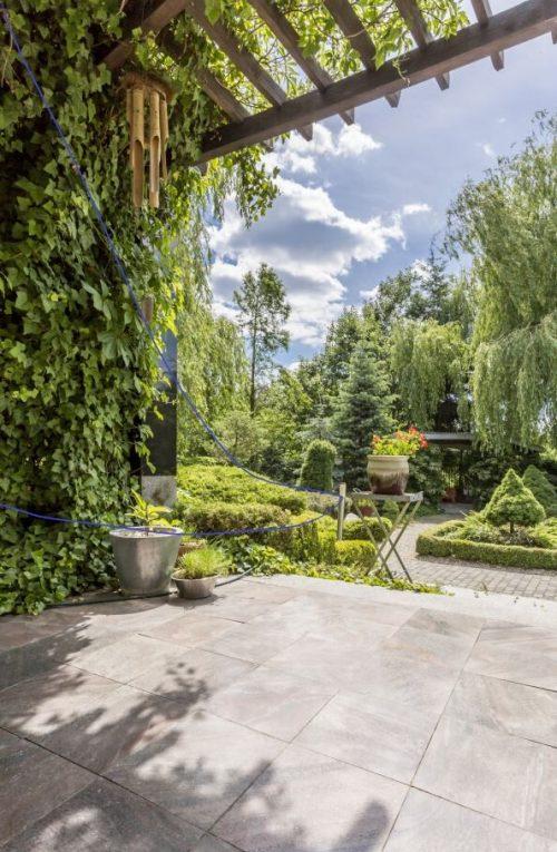 Aussenfliessen im Garten und Terrasse